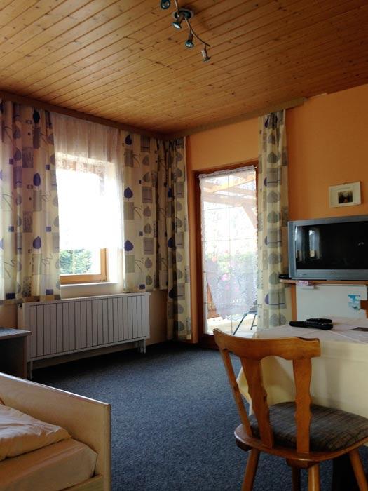 Zimmer ausgestattet mit TV